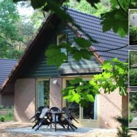 Vakantiepark Zevenbergen, hotel in Heesch