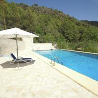 Beautiful Villa in Pego Valencia with Swimming Pool, hotel in Adsubia