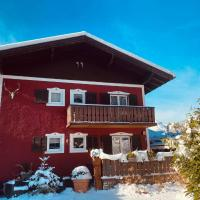 Holidaysun, Chalet Jagdhouse, 100 q, roof terrace with amazing mountainview, 500 qm garden, BBQ&bikes&sunbeds for free, hotel in Golling an der Salzach
