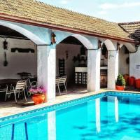 Gracious Holiday Home in Illora with Swimming Pool, Garden