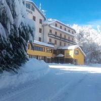 Apulia Hotel Gran Sasso, hotel a Prati di Tivo