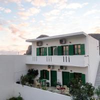 Oasis Apartments, hotel in Lentas