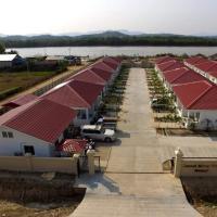 Dawei River View Resort, hotel in Dawei