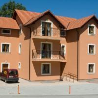 Apartments Manjan, hotel in Krasno Polje