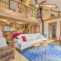 Hendersonville Cabin with Hot Tub and Fire Pit!