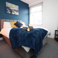 City View - 2 Bed City Center Apartment With Free Parking - Sleeps 6 - By DYZYN