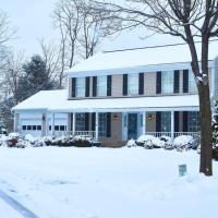 Eveready Paradise in Herndon, offers Grand Luxury