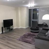 Luxury 1-Bed Apartment in Croydon
