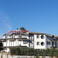 Alexia's Appartments, отель в Рио