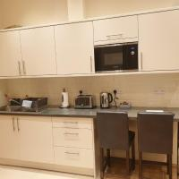 London Luxury Apartments 4 min walk from Ilford Station, with FREE PARKING FREE WIFI