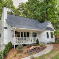 Bright and Beautiful 3 Bedroom Woodstock Charmer