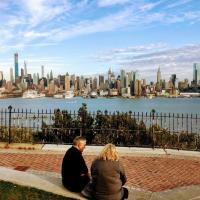 2cozy Apt W Fast Transportation To New York City, hotel en West New York