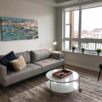 Modern 2 Bed in Downtown Near The Beach