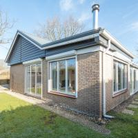 Attractive house with a sunny garden located near the Veerse Meer