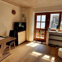 Ferienwohnung 2 mittig in Vogtareuth Rinser, Hotel in Vogtareuth