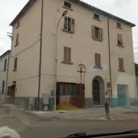 Casa Garage, hotell i Roccatederighi