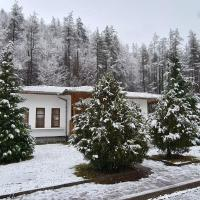 Orlova skala holiday village, hotel in Lopyan
