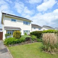 Modern Holiday Home in Saundersfoot close with Garden