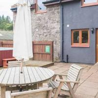 Keepers Lodge with Hot Tub near Perth Perthshire