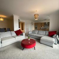 The Duplex Nairn- Spacious 3 Bedroom with sunny balcony