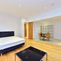 *Short Let * Luxury Large Studio Flat in Kensington Court W8