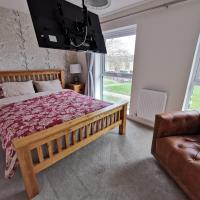 Helena's Place (7 minutes walk to Nottingham Train station)