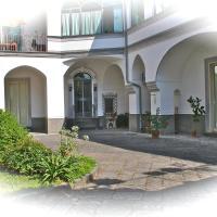 Home La Corte, hotell i Sant'Antimo