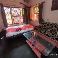 HERITAGE HOMESTAY@OLD CITY NEAR GANGES, hotel in Varanasi