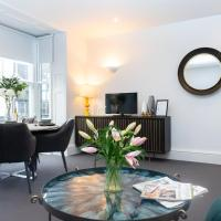 The Nook, Close to Train Station, Luxury, Modern, Spotless