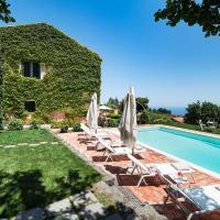 San Giovannello Villa Sleeps 6 with Pool, hotel a Fleri