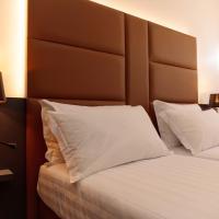 London Hotel, khách sạn ở Milano