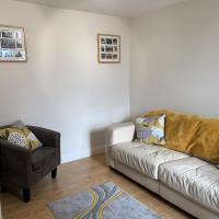 Luxury apartment opposite Rowley Mile Racecourse