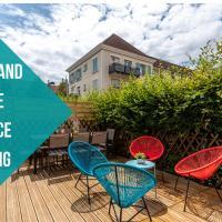 Disneyland House - Terrace - Sunny - Parking, hotel in Serris