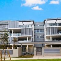 Brand New Stylish Two Bedroom Penthouse in Heart of Epping, hotel em Epping