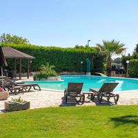 Oria Villa Sleeps 8 Pool Air Con WiFi