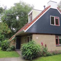 Well-kept house with garden, near the Lemelerberg