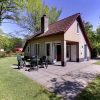 Attractive holiday home with a fireplace, near Zwolle