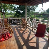Cabaña acogedora en medio de la naturaleza, hotel em Esmeraldas