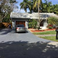 Luxury guest rooms, hotel in Palmetto Bay