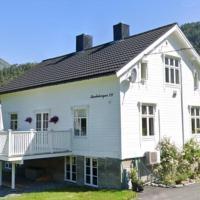 Bakken, a four bedroom Holyday home