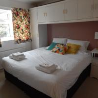 The Vineyard - Corporate and family stay with parking
