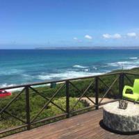 Beachfront Getaway to Rest & Revive - top unit, hotel in Groot Brak Rivier