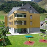 Realp-Andermatt 3,5 locali immerso nella natura con giardino e grill privato