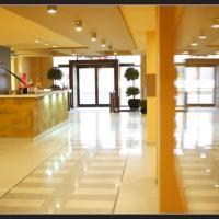 Hotel Maxim, hotel din Arad