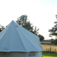 Delightful glamping in a cosy 4m bell tent