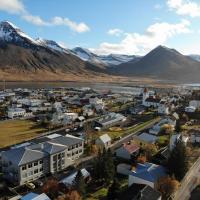 Hlíðarvegur 20 - Gagginn, hótel á Siglufirði