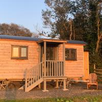 Lle Mary - Beautiful views, Hot tub, Secluded, Pets Welcome.