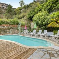 Villa with 4 bedrooms in Saint Pierre des Tripiers with wonderful lake view private pool furnished garden 41 km from the slopes, hotel in Saint-Pierre-des-Tripiers