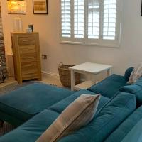 Cottage Chic - Luxury cottage - modern - central - ideal for groups and families
