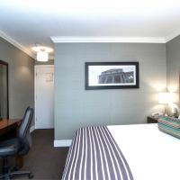 Sandman Hotel & Suites Vernon, hotel in Vernon